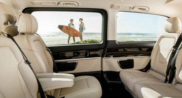 2020 Mercedes-Benz-E-Class салон2